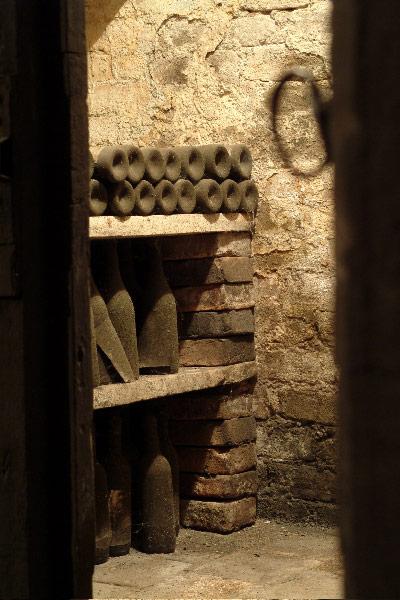 Paitin_cellar
